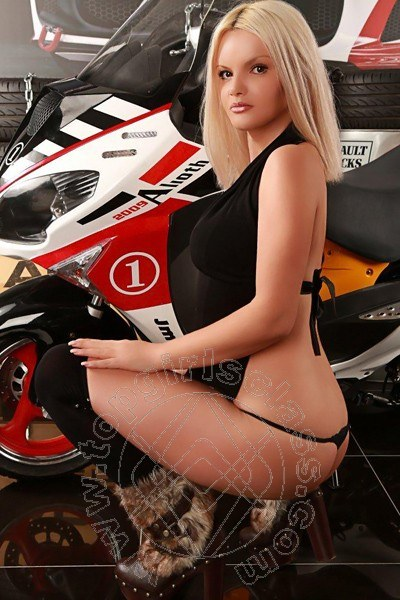 Sexy Lavinia  FORL� 3883992586
